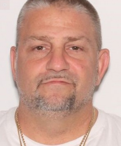 Man wanted by Lower Paxton Police for theft, possession of instruments of crime