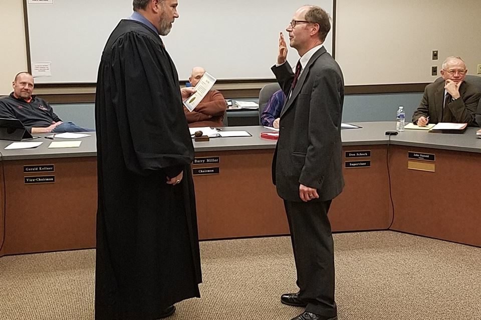New Lower Windsor Police Chief Sworn in