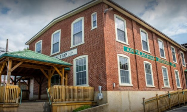 Lititz Restaurant Appalachian Brewing Company fails food safety inspection, Person in Charge does not have adequate knowledge of food safety