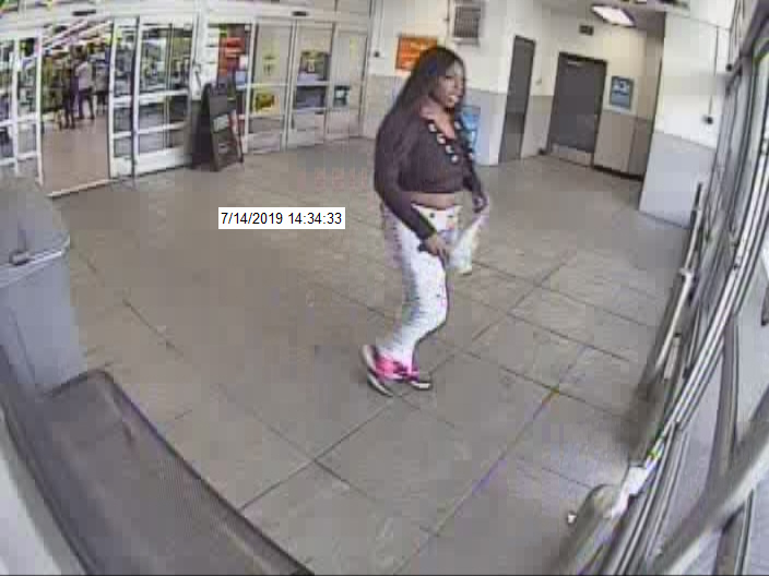 Ephrata Police look to identify alleged credit card thieves