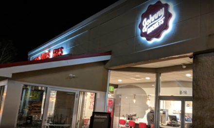 Johnny Rockets fails state restaurant inspection, 11 violations, Person in charge did not demonstrate adequate knowledge of food safety