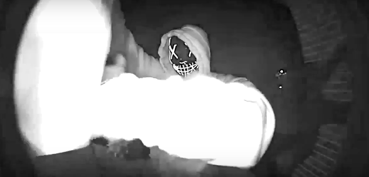 Video: Susquehanna Township Police looking for masked man