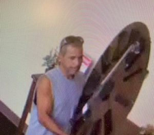 Lower Paxton Police looking for alleged Hobby Lobby crook
