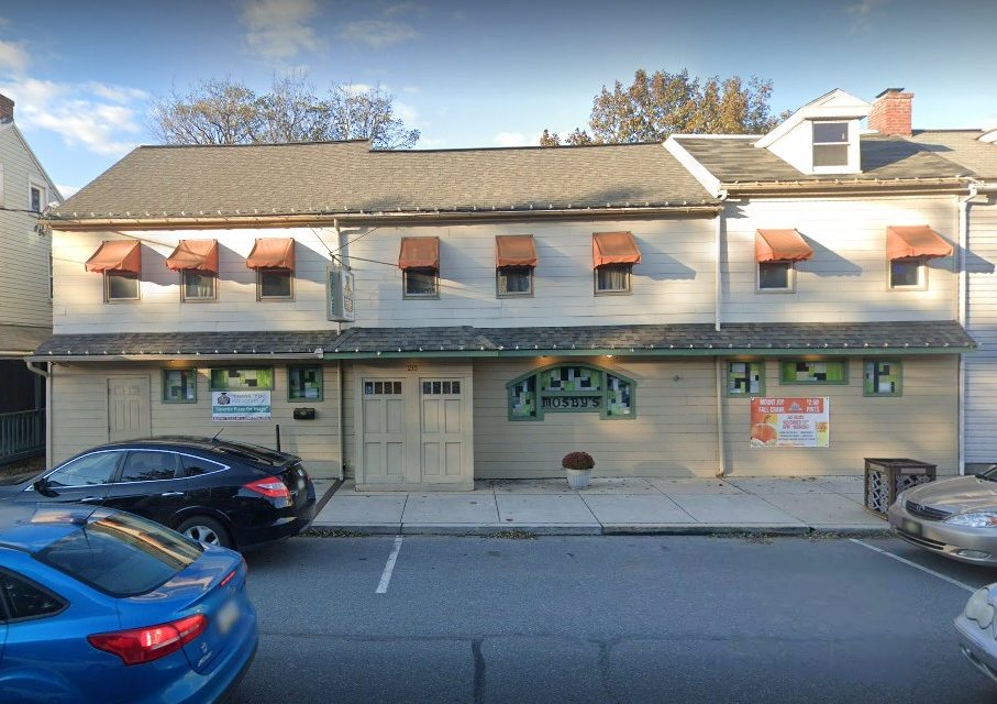 Insect control device in soup preparation area, Mosby's Pub flubs state restaurant inspection, 17 violations, 2nd failure in a year