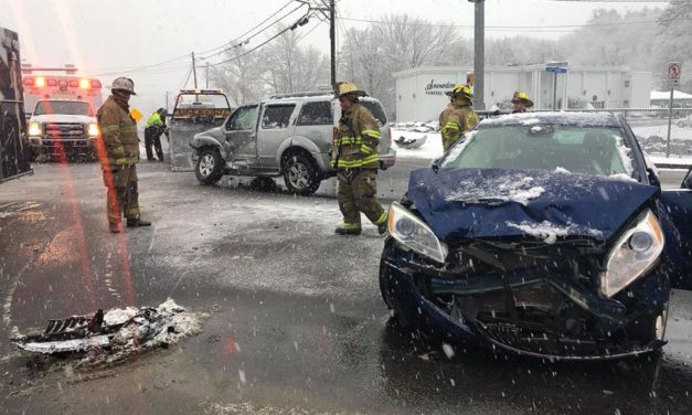 Accident in Shavertown this morning, 2 transported to Geisinger Wyoming Valley hospital
